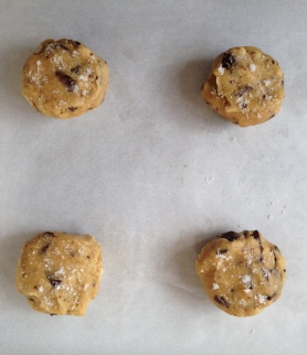 Chewy Good Chocolate Chip Cookies Raw