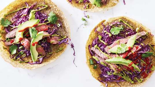flank-steak-wakame-crepes-with-wakame-avocado-puree